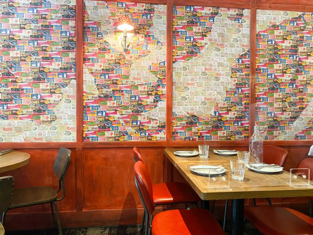 Fini's Italian American Restaurant - Interior